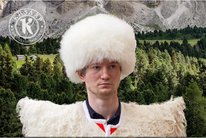 Папаха кавказская козья белая